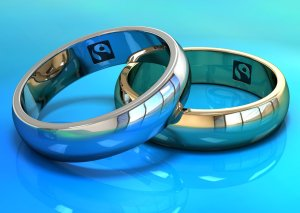 2 rings with Fairtrade logo